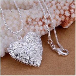 Jewelry - Silver heart detail locket women necklace